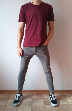men suits - vans old skool skinny jeans boys guys outfit vans love boys guys Jeans Love outfit skinny skool vans Trendy Outfits, Boy Outfits, Casual Guy Outfits, Stylish Men, Men Casual, Vans Outfit Men, Vans Old Skool Outfit, Skinny Guys, Skinny Jeans