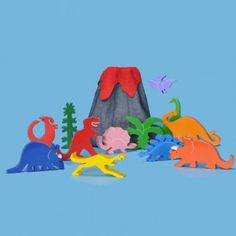 We love this wooden dinosaur play set & material volcano bag - ideal for budding paleontologists (aged 3+!)