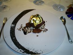 chocolate bomb at the Celler Can Roca...sin sin sin
