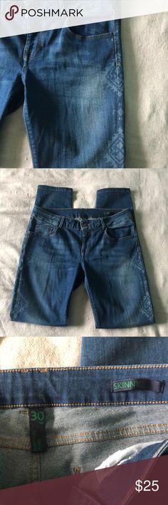 678470e9fc Benneton Printed Skinny Jeans EUC