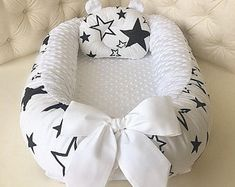 Infant cot Snuggle Nest Cocoon Baby lounger Baby positioner | Etsy Baby Bedding Sets, Baby Pillows, Snuggle Nest, Baby Nest Bed, Co Sleeper, Baby Cocoon, Baby Decor, Organic Baby, Baby Sleep