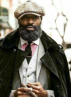 Modern Black Men Beard Styles Ideas For You – coiffures et barbe hommes I Love Beards, Black Men Beards, Men In Black, Beard Game, Moda Formal, Big Men Fashion, Beard Fashion, Fashion Hats, Beard Styles For Men