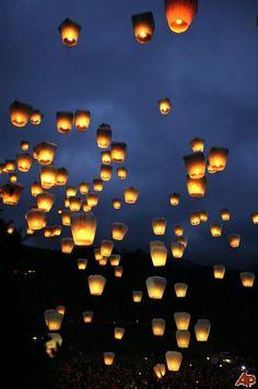 Globos de luz / Globos de cantoya / www.globosdeluz.com sky lanterns