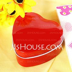 Favour Holders - $6.19 - Heart Shaped Favour Tin (Set of 12)