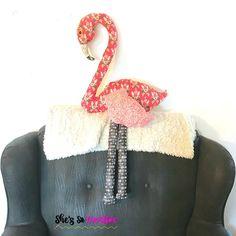 Fabric Flamingo Friend - Free Sewing Pattern | She's So Creative Flamingo Craft, Flamingo Fabric, Diy Craft Projects, Diy Crafts To Sell, Sewing Projects, Sewing Patterns Free, Craft Patterns, Free Sewing, Sewing Stuffed Animals