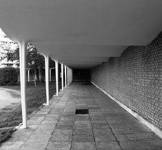 Galería de Clásicos de Arquitectura: Colegio Apostólico de los Padres Dominicos / Miguel Fisac - 3
