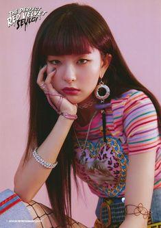 Seulgi // The Perfect Red Velvet photoshoot Kpop Girl Groups, Korean Girl Groups, Kpop Girls, Park Sooyoung, Taemin, Seulgi Photoshoot, K Pop, Asian Music Awards, Red Velvet Photoshoot
