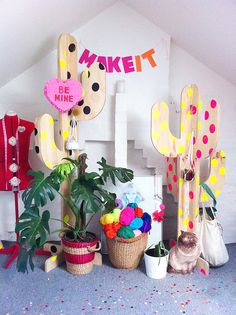 Kitiya Palaskas' studio. I've seen these polka-dotted cactus before but can't remember where; I want one. Or two.