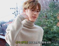 Name someone as beautiful as Seokjin, I'll wait. (spoiler: u won't) #Jin #BTS