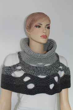 5 in 1 Universal Twosided Grey Crochet Poncho Shawl por levintovich, $102.00