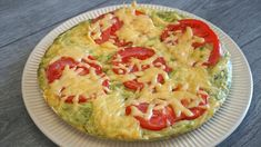 Vegetable Recipes, Vegetable Pizza, Hawaiian Pizza, Guacamole, Quiche, Zucchini, Food And Drink, Vegetables, Breakfast