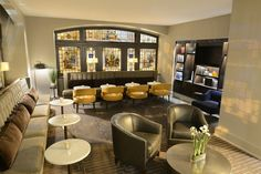Enjoy the chic lounge and restaurant at Magnolia Hotel St. Louis when you book your next getaway with Stayful. #boutiquehotel   https://stayful.com/st-louis-hotels/magnolia-hotel-st-louis