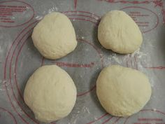 Sugar Spice and Spilled Milk: My Mother's Yeast Rolls Yeast Dinner Rolls Recipe, Dinner Rolls Easy, Easy Yeast Rolls, Homemade Yeast Rolls, Homemade Dinner Rolls, Blueberry Dump Cakes, Bread Maker Recipes, Biscuit Recipe, Holiday Recipes