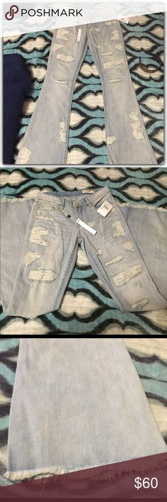 💠Blanknyc Jeans NWT💠 Brand new from Nordstrom's! Super cute Cosmic Flare is the style Blanknyc Jeans Flare & Wide Leg