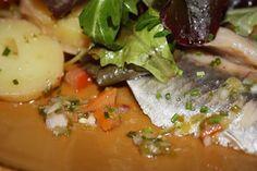 #salade de #harengs marinés à l '#aneth à l'ardoise du # comptoirmarguery. #bonneadresse #food #paris #restaurantparis #cuisinedebistrot