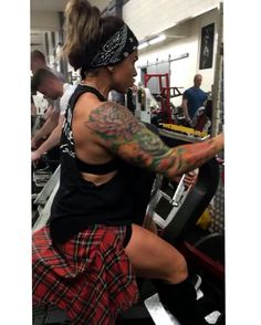 You will get what you want when you stop making excuses on why you don't have it.... #ICREATEMYSELFREPBYREP #kagedmuscle #inkandfitness #bodybuilding #physique #fitness #fitfam  #aesthetic #girlswholift  #fitnessmodel #girlswithmuscle #beachbody #girlswithtattoos  #inspiration #motivation #inkedgirls  #tattoos #inked #kulturystyka #motywacja