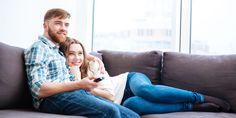 Najlepszy telewizor za ok 3000 zł i mniej - Ranking telewizorów Sofa Furniture, Living Room Furniture, Pull Out Bed, Hidden Storage, Recliner, Sofas, Couple Photos, Couch Furniture, Sleeper Couch