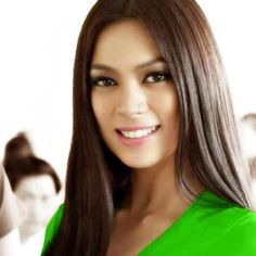 Ariella Arida crowned as Miss Universe Philippines 2013 Miss Universe Philippines, Miss Philippines, Ariella Arida, Beautiful People, Most Beautiful, Miss America, Crown, Long Hair Styles, Lady