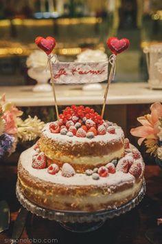 Topos para bolo de casamento 2017: originais e personalizados Image: 35