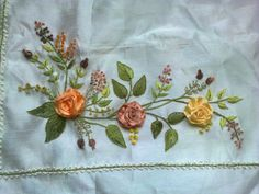 This Pin was discovered by Mav Embroidery Bags, Silk Ribbon Embroidery, Crewel Embroidery, Embroidery Patterns, Diy Ribbon Flowers, Ribbon Art, Brazilian Embroidery, Wool Applique, Needlework