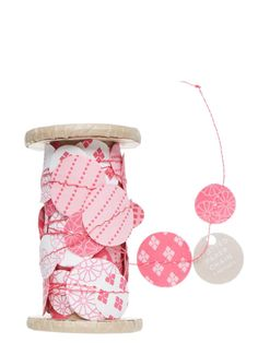Sussan - Gift - Decorations - Dot ribbons Paper Chains, Inspirational Gifts, Room Inspiration, Ribbons, Dots, Decorations, Crafty, Clothes For Women, Garlands