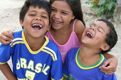 When was the last time you had a good ol' belly laugh? We love this photo of three giggling kids from Brazil's semi-arid north-east, where Oxfam works with local community partners to provide rainwater storage tanks so people have dependable access to clean water. Photo: Roberta Guimarães/Intermón Oxfam