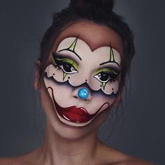 🤡 NOT IT 🤡 - eyes inspired by - true chartreuse paint stick - black magic liquid liner - Sfx Makeup, Airbrush Makeup, Costume Makeup, Face Painting Images, Body Painting, Creepy Clown Makeup, Halloween Face Makeup, Theme Halloween, Halloween Make Up