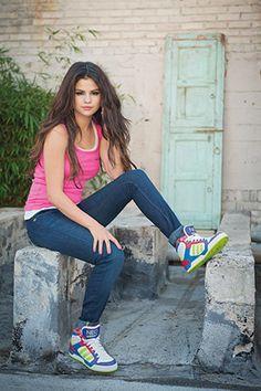 Selena Gomez's Adidas Neo 2014 Summer Campaign Photoshoot Selena Gomez Fashion, Selena Gomez Photoshoot, Selena Gomez Fotos, Selena Gomez Pictures, Selena Gomez Style, Selena Gomez Adidas, Taylor Swift, Adidas Neo, Marie Gomez