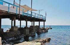 la palafitta dello stabilimento balneare Marina Bay Sands, Building, Water, Travel, Outdoor, Santa, Gripe Water, Outdoors, Viajes