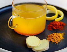 Start dagen med denne drikken. Gurkemeie har en ganske dominerende smak, men sammen med honning og sitron balanseres den.