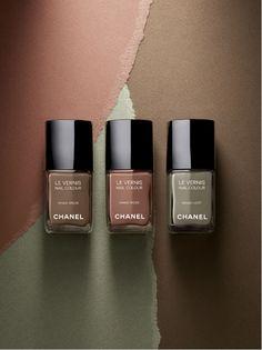 La tendance militaire selon Chanel : vernis à ongles Les Khakis