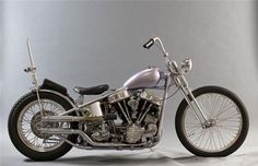 The Best In Show Award at Born - Free 6 will be given to a bike that's out in the main show area not one of the 25 Invited Builders. Motorcycle Types, Chopper Motorcycle, Bobber Chopper, Harley Davidson Roadster, Harley Davidson Panhead, Bobber Bikes, Old Motorcycles, Old School Chopper, Ape Hangers