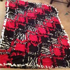 Fleece tie patchwork blanket-pink, black, zebra print
