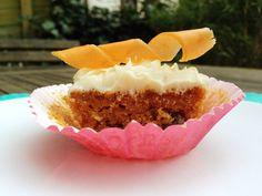 Carrot cupcakes 2.jpg
