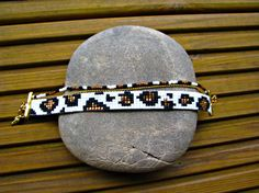 Diy Bracelets And Anklets, Bead Loom Bracelets, Bracelet Crafts, Loom Bracelet Patterns, Bead Loom Patterns, Bead Embroidery Jewelry, Beaded Jewelry Patterns, Seed Bead Jewelry, Bead Jewellery