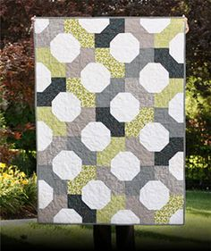 NEED TO MAKE ANOTHER BOW TIE Project 12 Quilts: Free Quilt Patterns and Tutorials
