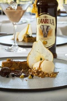 Walnut coffee cake with butterscotch and Amarula ice cream Braai Recipes, Cooking Recipes, Cooking Ideas, Delicious Desserts, Dessert Recipes, Yummy Food, Pear Dessert, Dinner Party Recipes, Dinner Parties