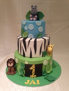 Cakes by Koo and Cupcakes Too  https://www.facebook.com/CakesByKooAndCupcakesToo/photos/pb.404531769613895.-2207520000.1463722903./1057837877616611/?type=3&theater