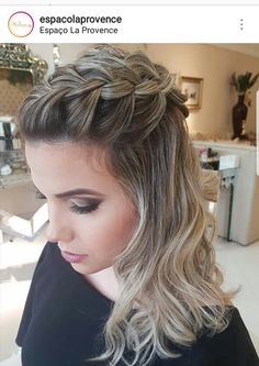 Quince Hairstyles, Formal Hairstyles For Long Hair, Side Bun Hairstyles, Homecoming Hairstyles, Cute Hairstyles, Wedding Hairstyles, Long Hair Wedding Styles, Short Hair Styles, Medium Short Hair