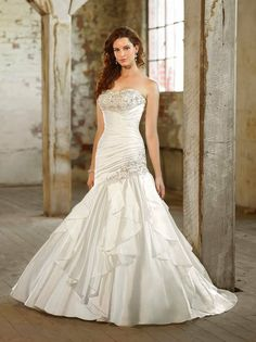 Essense of Australia Wedding Dresses Photos on WeddingWire **Just need straps**
