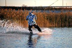 """Wakeboarding. Russia, Kazan. Wake-park """"PROvoda"""". Vertigo cableway vertigosports.ru"""