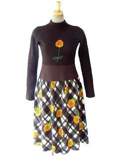 ヨーロッパ古着 ロンドン買い付け ブラウン X 花のアップリケ チェック・花柄スカート レトロ ワンピース 16OM832