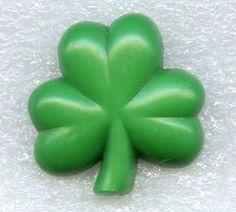 Vintage #Hallmark #HallmarkCards #3LeafClover #Shamrock #StPatricks Plastic #Pin http://www.ebay.com/itm/Vintage-Hallmark-Cards-3-Leaf-Clover-Shamrock-St-Patricks-Plastic-Brooch-Pin-/121737920496… #myricky