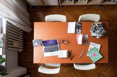 Andrea Bajani   Claudia Zunino, Fotografia di Giovanna Silva #fotografia #00doppiozero #Bajani #letteratura #romanzi #libri #tavoli