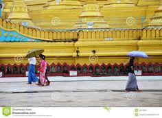 burmese-people-walking-shwemawdaw-paya-pagoda-bago-myanmar-stupa-located-often-referred-to-as-golden-god-45519901.jpg (1300×951)