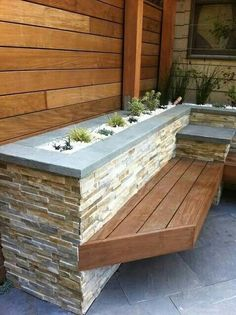 like the stacked stone planters and built in bench Stone Planters, Modern Planters, Deck Planters, Planter Garden, Vintage Planters, Planter Bench, Planter Boxes, Planter Ideas, Brick Planter