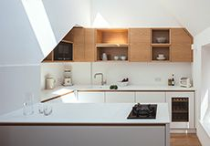 All the cabinetry doors and drawers are clad in Corian with solid American white oak lipped finger pull details. The worktops are also Corian - in Glacier White Hidden Kitchen, New Kitchen, Kitchen Ideas, Kitchen 2016, Kitchen Furniture, Kitchen Interior, Independent Kitchen Design, Bristol, Kitchen Cupboard Doors