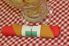 Italian Table Decor | ... manicotti pasta that were wrapped with the Italian Flag and the words