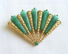 Vintage Jade Green Glass Fan Brooch or Pin