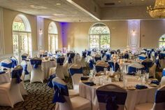 Blue and White Wedding Table Ideas - Justins Tuscan Grill
